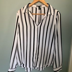 NWOT Forever 21   Black and White Striped Blouse